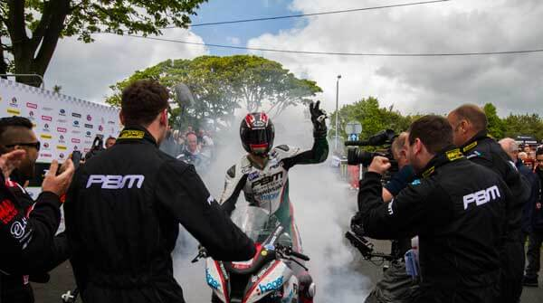 RL360 TT Superstock Race winner Ian Hutchinson celebrates his victory